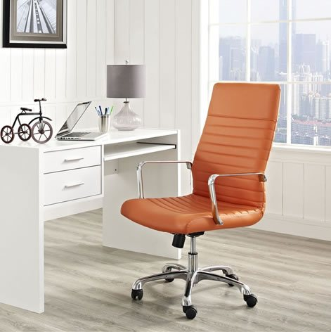 stylish office furniture that mathes the decor
